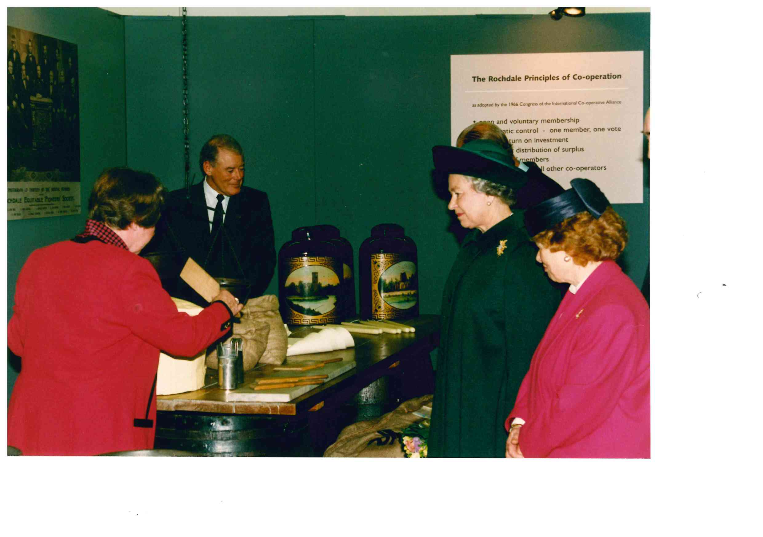 The Queen viewing the exhibition